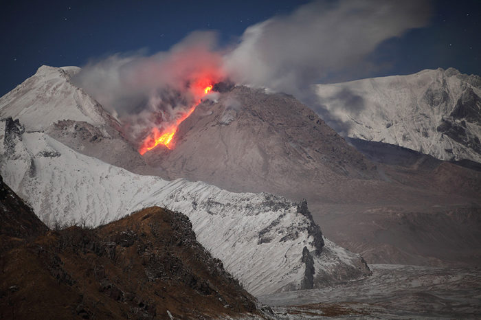 Explosive Eruption at Shiveluch Volcano, Russia