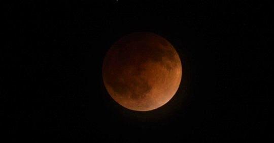 Total Lunar Eclipse, Supermoon to Provide Celestial Show on Sunday