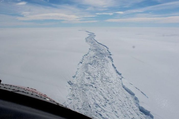 Thousands of Earthquakes Rock Antarctica Causing Break-Up of Large Ice Shelves