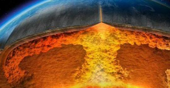 "NASA Warns: ""Catastrophic"" Supervolcano Poses Bigger Threat to Mankind Than Asteroid"