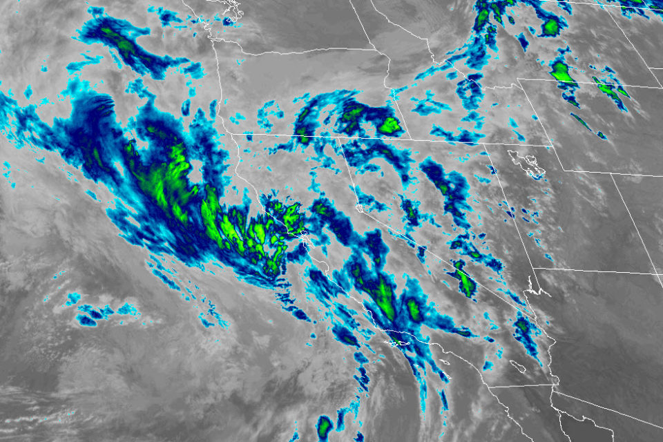 3 Atmospheric Rivers Aimed at the U.S. West Coast This Weekend, Heavy Rain Expected