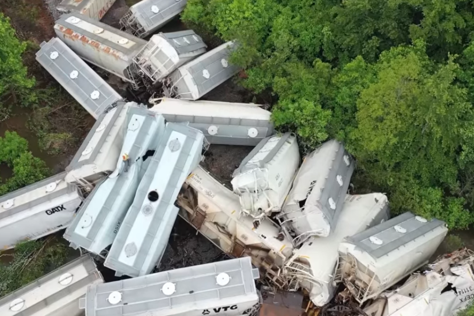 Freight Train Derails in Mississippi during Flash Flooding