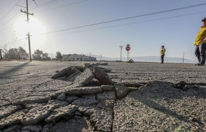 Southern California on high earthquake alert, bringing anxiety and preparation